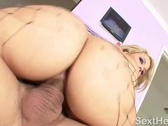 Horny Porn Star Alexis Texas Sucks Gock