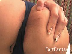Bare-Ass Farts With Sexy Blonde Julia Coburn