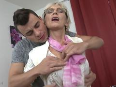 Blonde old maid loves to fuck with young dudes
