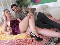 Samantha Rone Gets Feet Massaged and Fucked