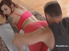 Oiled anal yoga with bigtit PAWG