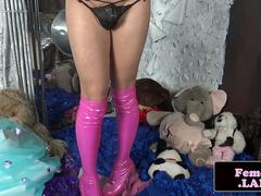 TS newbie bends over and dildos her asshole
