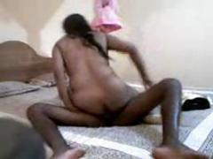Sri lankan Girl Gives Nice Blowjob