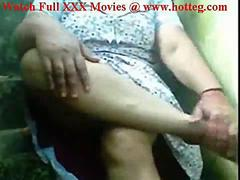 Indian Desi Aunty pussy exhibtion on stairs