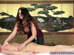 Masseuse tastes milfs box