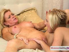 Muscled milf toys clit until massive orgasm