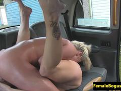 Bigtitted british les pussylicking taxi babe