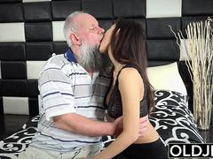 Morning Breakfast sex OLD YOUNG babe handjob w fucking