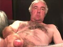 Mature Amateur Kyle Beats Off