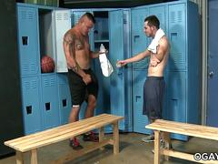Jace Chambers fucks in the locker room with Toby Springs
