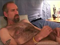 Mature Amateur Bryant Jerking Off