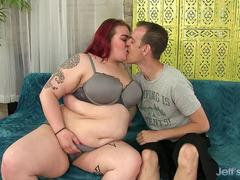 Sizeable Slut Big Tender Engulfs a Cock with Her Warm Mouth and Fleshy Twat