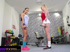 Fitness Rooms Kayla Green Anna Rose hot workout and oiled up lesbian sex