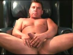 mature amateur rob beating off feature