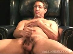 Mature Amateur Jack Jacking Off
