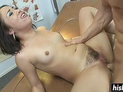 big dick made her moan loudly video